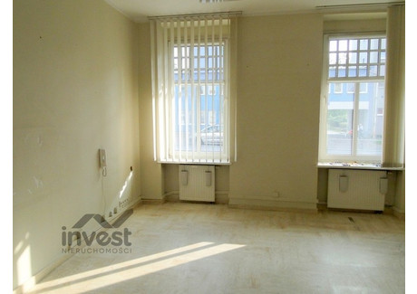 Biuro do wynajęcia - Pomieszczenia Biurowe na Parterze Centrum, Słupsk, Słupski, 65 m², 2300 PLN, NET-RE43-773-49832