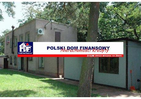 Lokal na sprzedaż - Józefów, Otwocki, 300 m², 900 000 PLN, NET-323998