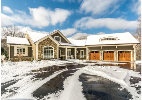 Dom na sprzedaż - 87 Old County Road Waltham, Usa, 696 m², 2 695 000 USD (10 241 000 PLN), NET-57701059