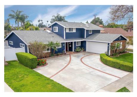Dom na sprzedaż - 1282 E 1st Street Tustin, Usa, 185,62 m², 839 000 USD (3 179 810 PLN), NET-58735515