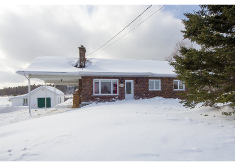 Dom na sprzedaż - 4645 Ch. St-Eloi, Saguenay, QC G7X7V4, CA Saguenay, Kanada, 201 m², 255 000 CAD (729 300 PLN), NET-57700518