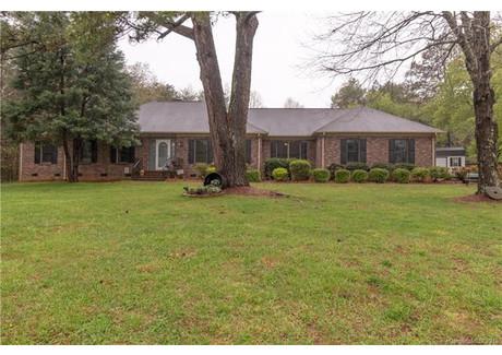Dom na sprzedaż - 104 Timberlake Drive Salisbury, Usa, 187,76 m², 269 000 USD (1 024 890 PLN), NET-58723315